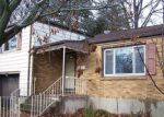 Foreclosed Home in Wethersfield 06109 BEVERLY RD - Property ID: 4237060913