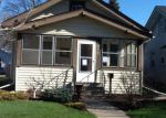 Foreclosed Home in Saint Paul 55105 SAINT CLAIR AVE - Property ID: 4238182553