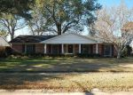 Foreclosed Home in Shreveport 71105 RIVER RD - Property ID: 4238438771