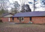 Foreclosed Home in Raymond 39154 CHAPEL CLIFF DR - Property ID: 4240093880