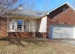 Foreclosed Home in Clarksville 37042 MARLA CIR - Property ID: 4240615948