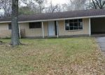 Foreclosed Home in Beaumont 77707 BERKSHIRE LN - Property ID: 4241208964