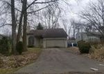 Foreclosed Home in Waterford 48328 WOODINGHAM AVE - Property ID: 4242143593