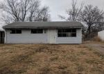 Foreclosed Home in East Saint Louis 62206 LAZARCHEFF DR - Property ID: 4242285943