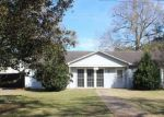 Foreclosed Home in Crowley 70526 N AVENUE B - Property ID: 4242545655