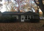 Foreclosed Home in East Saint Louis 62206 SAINT BARBARA LN - Property ID: 4242787857