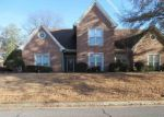 Foreclosed Home in Cordova 38016 CRYSTAL LAKE DR - Property ID: 4243418981