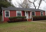 Foreclosed Home in Lufkin 75904 PERSHING AVE - Property ID: 4243439553
