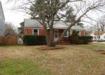 Foreclosed Home in Norfolk 23513 WAYNE CIR - Property ID: 4243463197