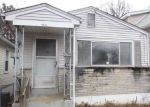 Foreclosed Home in Saint Louis 63139 DALE AVE - Property ID: 4243584970