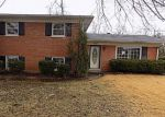 Foreclosed Home in Louisville 40214 OAK VALLEY DR - Property ID: 4244748660