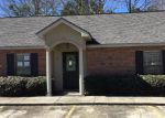 Foreclosed Home in Hammond 70401 POINTE DR - Property ID: 4244753922