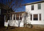 Foreclosed Home in Waterloo 50703 LINCOLN ST - Property ID: 4244804276