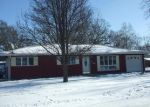 Foreclosed Home in Watseka 60970 N DIVISION ST - Property ID: 4245255391