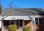 Foreclosed Home in Baltimore 21206 VALLEY VIEW AVE - Property ID: 4245319785