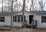 Foreclosed Home in Warrenton 63383 PENDLETON LOST CREEK RD - Property ID: 4245663137