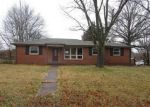 Foreclosed Home in Clarksville 37040 COVINGTON ST - Property ID: 4245898336