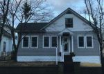 Foreclosed Home in Absecon 08201 E WYOMING AVE - Property ID: 4246002127