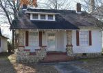 Foreclosed Home in Gadsden 35901 WALNUT ST - Property ID: 4247040576