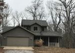 Foreclosed Home in Oakdale 62268 BRANCH RD - Property ID: 4247131678