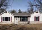 Foreclosed Home in Fairview Heights 62208 FAIRWAY DR - Property ID: 4247201304
