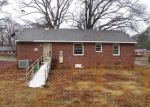 Foreclosed Home in Richmond 23224 WOODHAVEN DR - Property ID: 4247503965