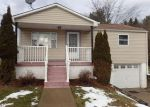 Foreclosed Home in Tarentum 15084 MARSHALL ST - Property ID: 4247688335
