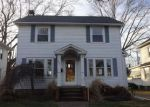 Foreclosed Home in Lorain 44052 MILDRED AVE - Property ID: 4247801777
