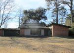 Foreclosed Home in Bastrop 71220 GLADNEY DR - Property ID: 4248081644