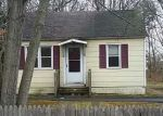 Foreclosed Home in Shirley 11967 CARNATION DR - Property ID: 4248394349