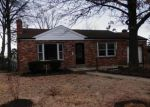 Foreclosed Home in Saint Louis 63123 DARLENE DR - Property ID: 4248825318