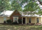 Foreclosed Home in Memphis 38133 FLETCHER GLEN DR - Property ID: 4249443296