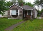 Foreclosed Home in Wood River 62095 WOODLAND AVE - Property ID: 4249968877
