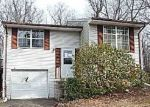 Foreclosed Home in Newburg 20664 PINECREST LN - Property ID: 4250116468