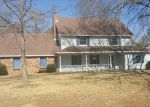 Foreclosed Home in Jackson 39212 HILLANDALE DR - Property ID: 4250190936