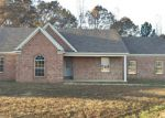 Foreclosed Home in Holly Springs 38635 BEVERLY LN - Property ID: 4250194876