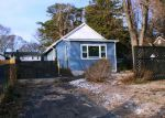 Foreclosed Home in Toms River 08753 ELIZABETH AVE - Property ID: 4250234727