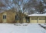 Foreclosed Home in Rochester 14615 HEMLOCK WOODS LN - Property ID: 4250291662