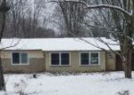 Foreclosed Home in Chagrin Falls 44023 CHILLICOTHE RD - Property ID: 4250327574