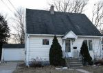 Foreclosed Home in Green Bay 54302 KLAUS ST - Property ID: 4250534741