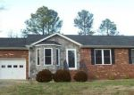 Foreclosed Home in Ruther Glen 22546 POWDER HORN DR - Property ID: 4250952560