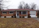 Foreclosed Home in Radcliff 40160 GLENWOOD DR - Property ID: 4251437845