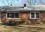 Foreclosed Home in Harrisburg 17112 VILLAGE RD - Property ID: 4252994841