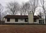 Foreclosed Home in East Haddam 6423 RAY HILL RD - Property ID: 4253420994