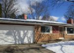Foreclosed Home in Elgin 60123 SHEFFIELD DR - Property ID: 4253559373
