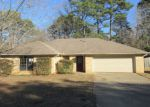 Foreclosed Home in Longview 75605 RUIDOSA ST - Property ID: 4254174290
