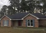 Foreclosed Home in Smiths Station 36877 LEE ROAD 962 - Property ID: 4255129515