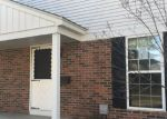 Foreclosed Home in Clinton Township 48035 MEADOWBRIDGE DR - Property ID: 4255567943