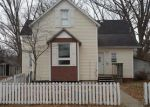 Foreclosed Home in Mascoutah 62258 W GREEN ST - Property ID: 4255638889