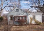 Foreclosed Home in Clementon 08021 CHESTNUT LN - Property ID: 4255978758